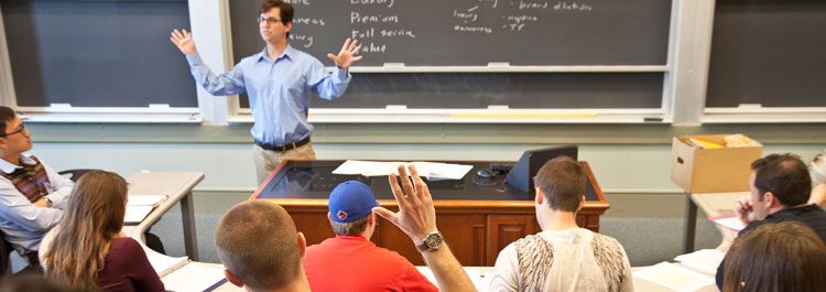Olin students attend a freshman fundamentals course for their business degree.